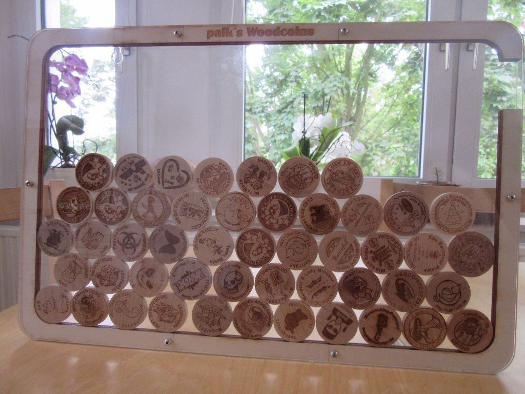 Meine kleine, bescheidene Sammlung, in einem personalisierten Woodcoinkollektor